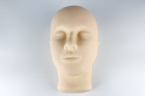 semi-permanent make up training mannequin head